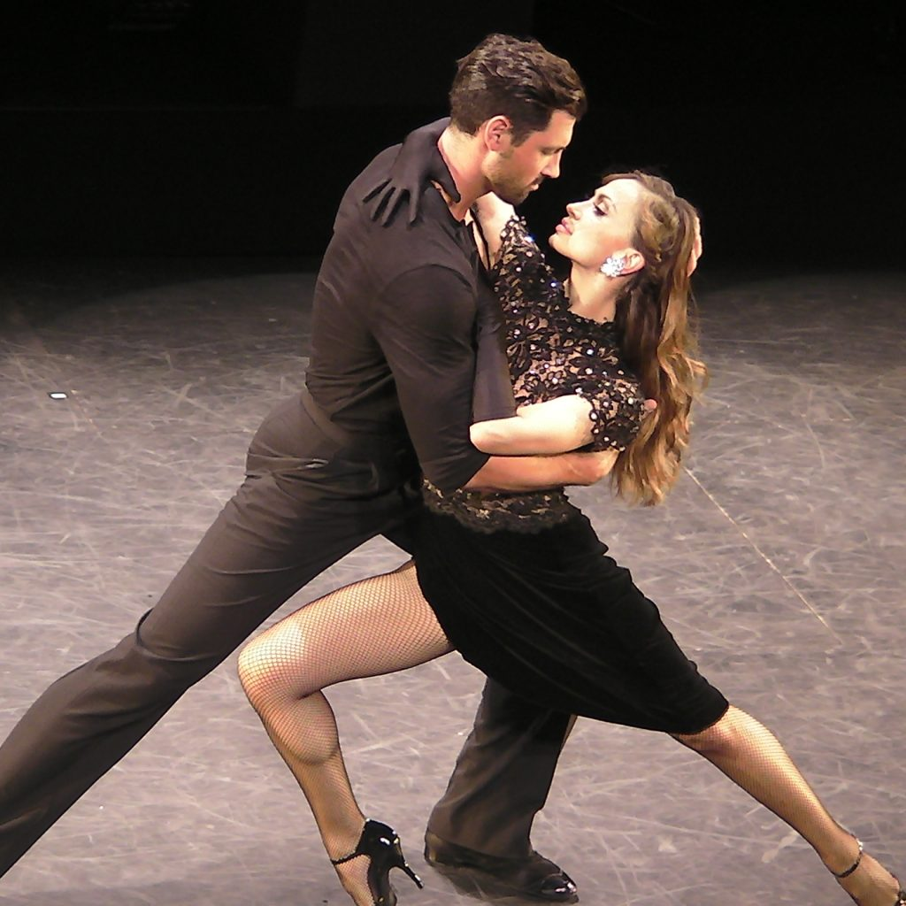 Interview With Karina Smirnoff and Maksim Chmerkovskiy Forever Tango.