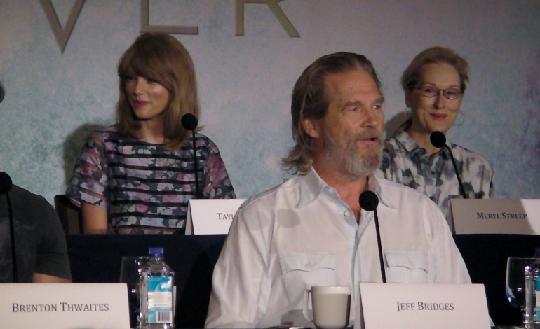 The Giver. ( Taylor Swift, Meryl Streep, Jeff Bridges, Katie Holmes)