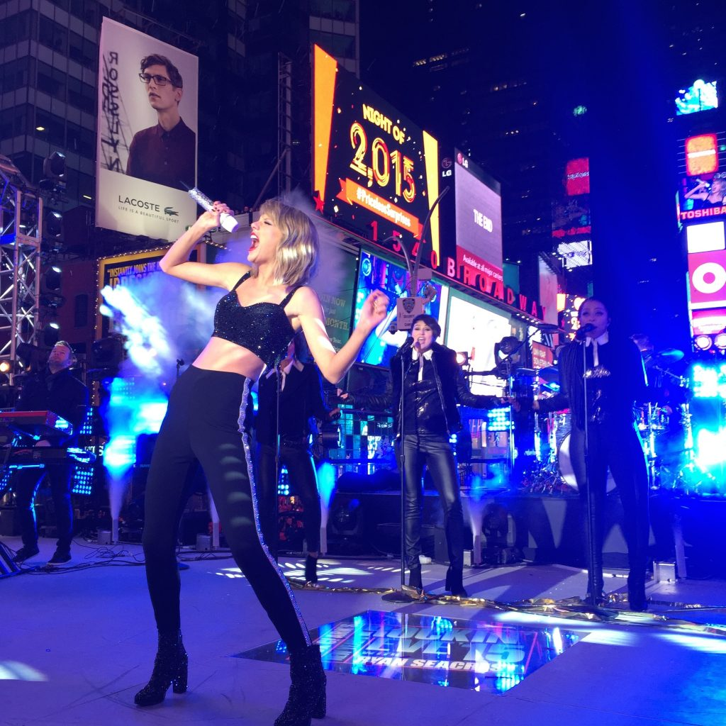 Taylor Swift performing at Dick Clark's Rockin Eve Times Square