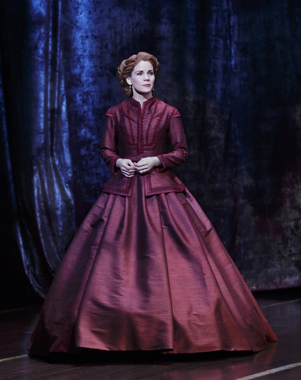 Catherine Zuber's stunning dress for Kelli O'hara in The King And I.