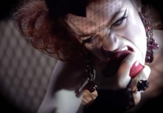 A Dark But Wonderful Snow White