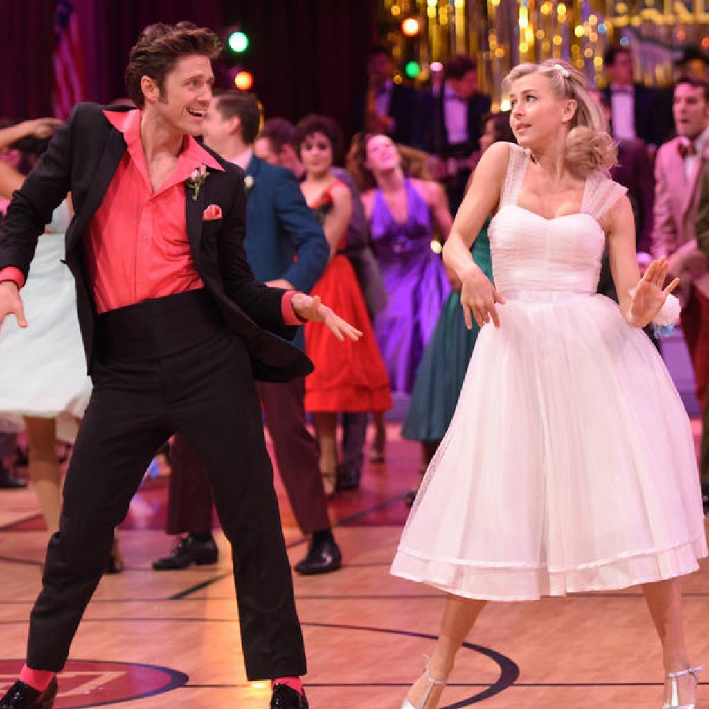 GREASE: LIVE: L-R: Aaron Tveit and Julanne Hough. GREASE: LIVE airing LIVE Sunday, Jan. 31, 2016 (7:00-10:00 PM ET live/PT tape-delayed), on FOX. © 2016 Fox Broadcasting CO. Cr: Michael Becker/FOX